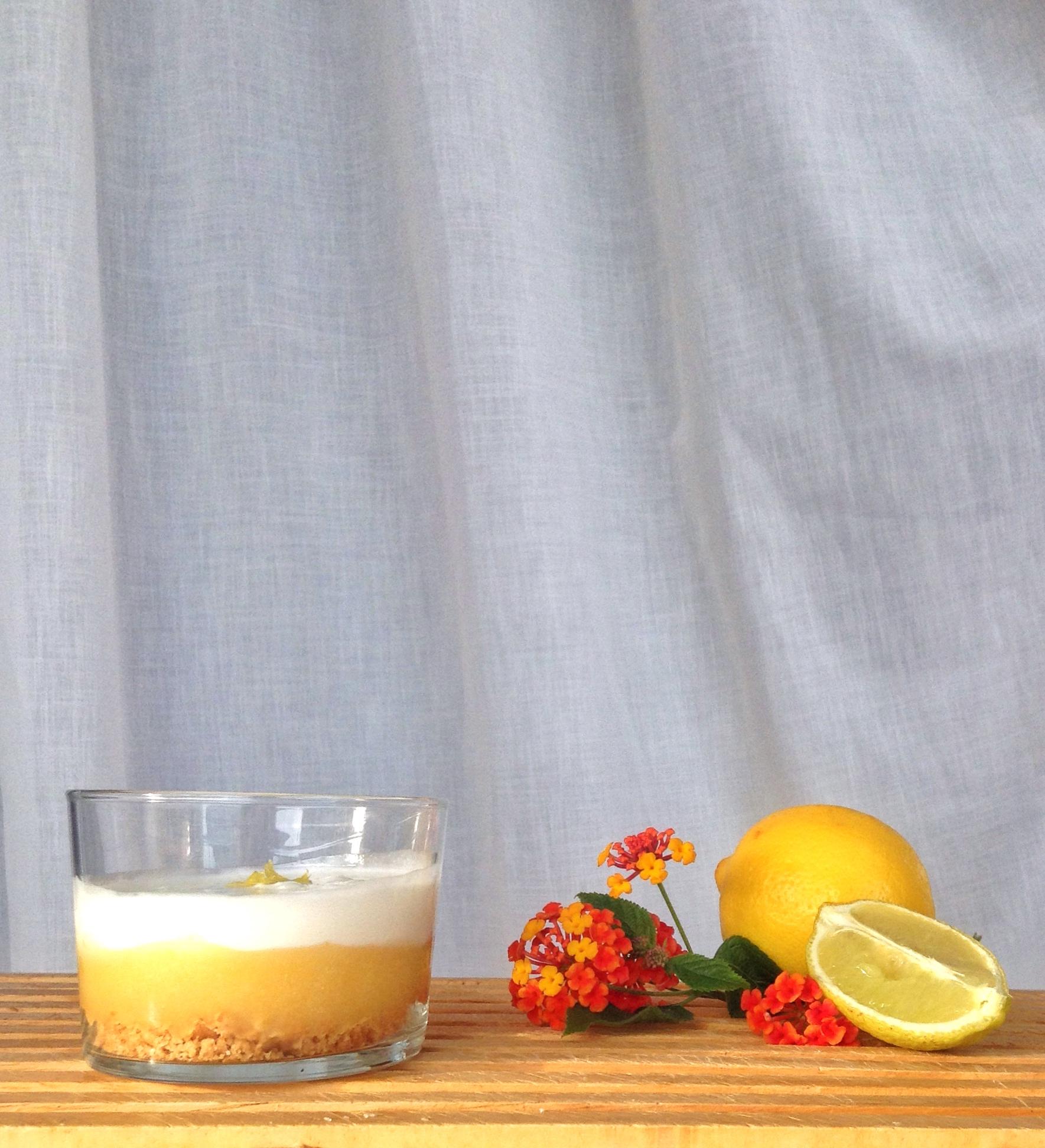 Delicias de limón en vaso
